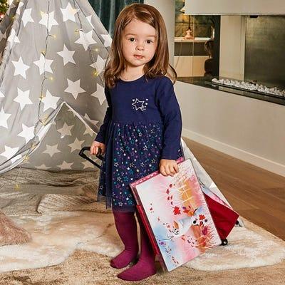 Baby-Mädchen-Kleid mit traumhaften Sternen