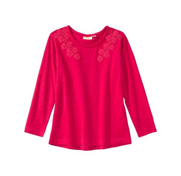 Mädchen-Shirt mit Spitze am Ausschnitt