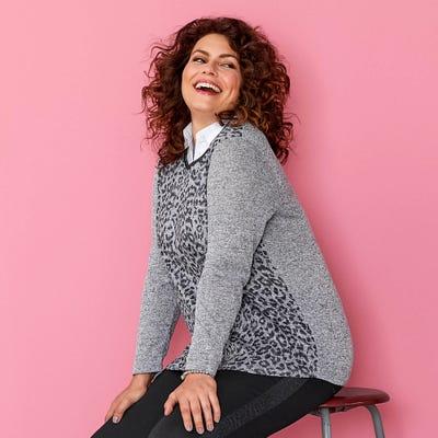Damen-Shirt mit modischem Leoparden-Muster