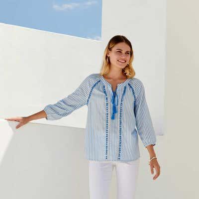 Damen-Bluse mit verzierten Bindebändern
