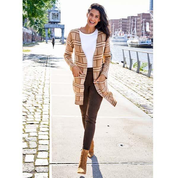 Damen-Strickjacke mit stylischem Jaquardmuster