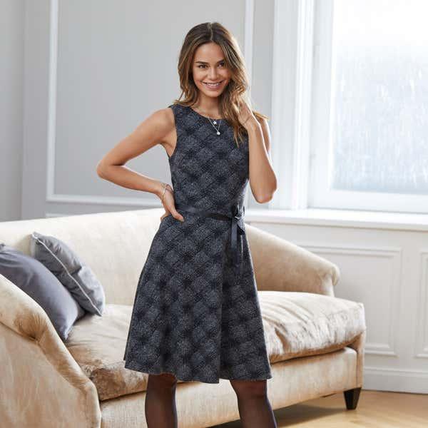 Damen-Kleid mit Jacquard-Muster, mit Gürtel