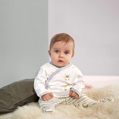 Baby-Newborn-Set mit Giraffe