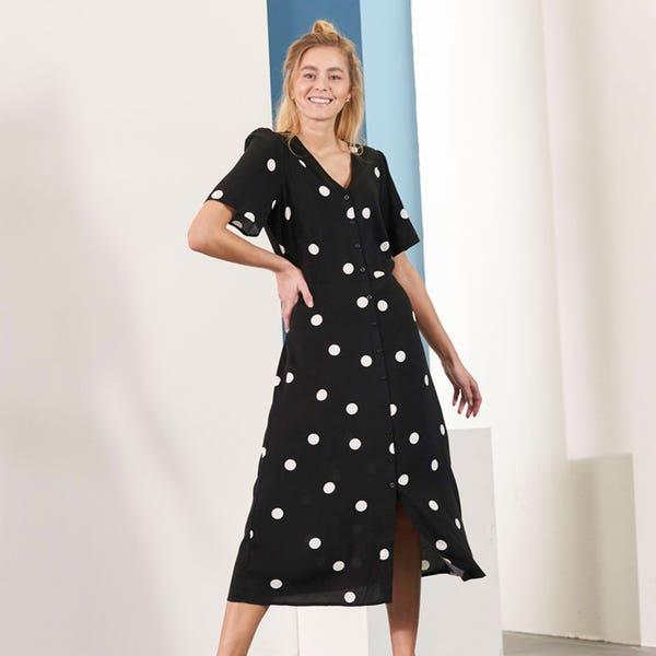 Damen-Kleid mit V-Ausschnitt