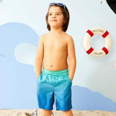 Kinder-Jungen-Badehose mit Farbverlauf