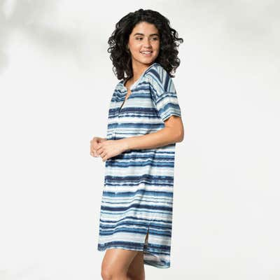 Damen-Nachthemd mit modernem Muster