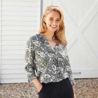 Damen-Bluse in unterschiedlichen Styles